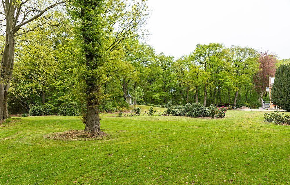 Huize Boschoord with its beautiful garden
